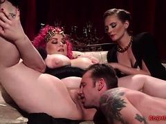 Fat Slut Gets Her Pussy Eaten