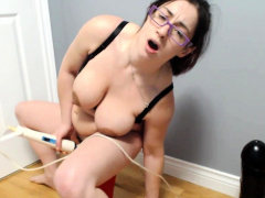 Loose Pussy Slut Going to bed Famous Toys
