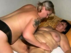 Lesbians Dealings At hand Busty Granny