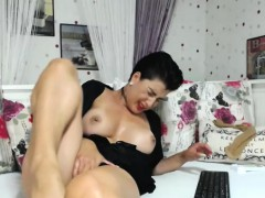 Hot Naughty Shaved Camwhore Is Having Fun All Wits Ourselves